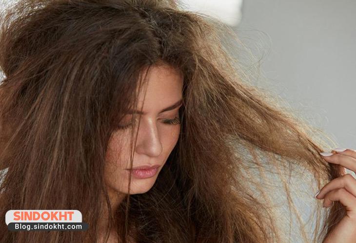 مو بر اثر رنگ و دکلره خشک می شود و نیاز به استفاده از شامپو برای موهای رنگ شده دارد